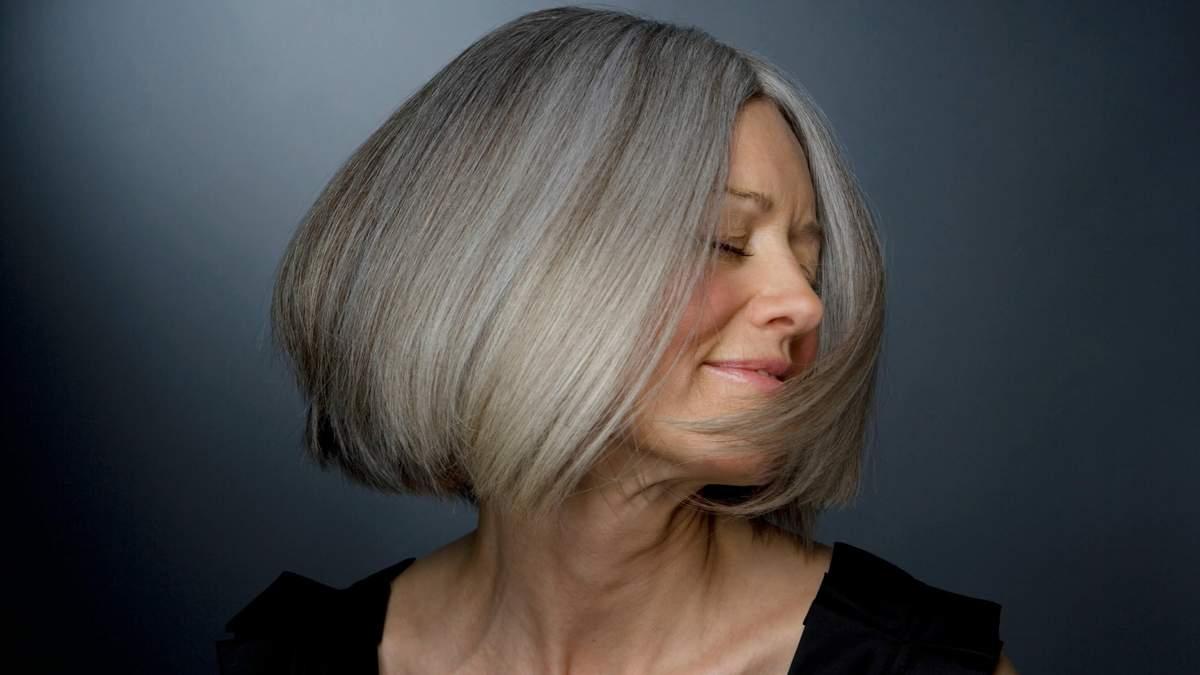 Чи впливає стрес на передчасну появу сивини у жінок