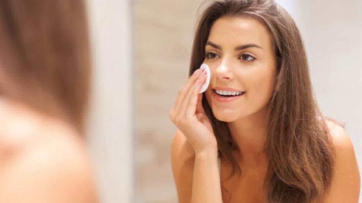 Демакияж: как правильно очищать лицо от косметики