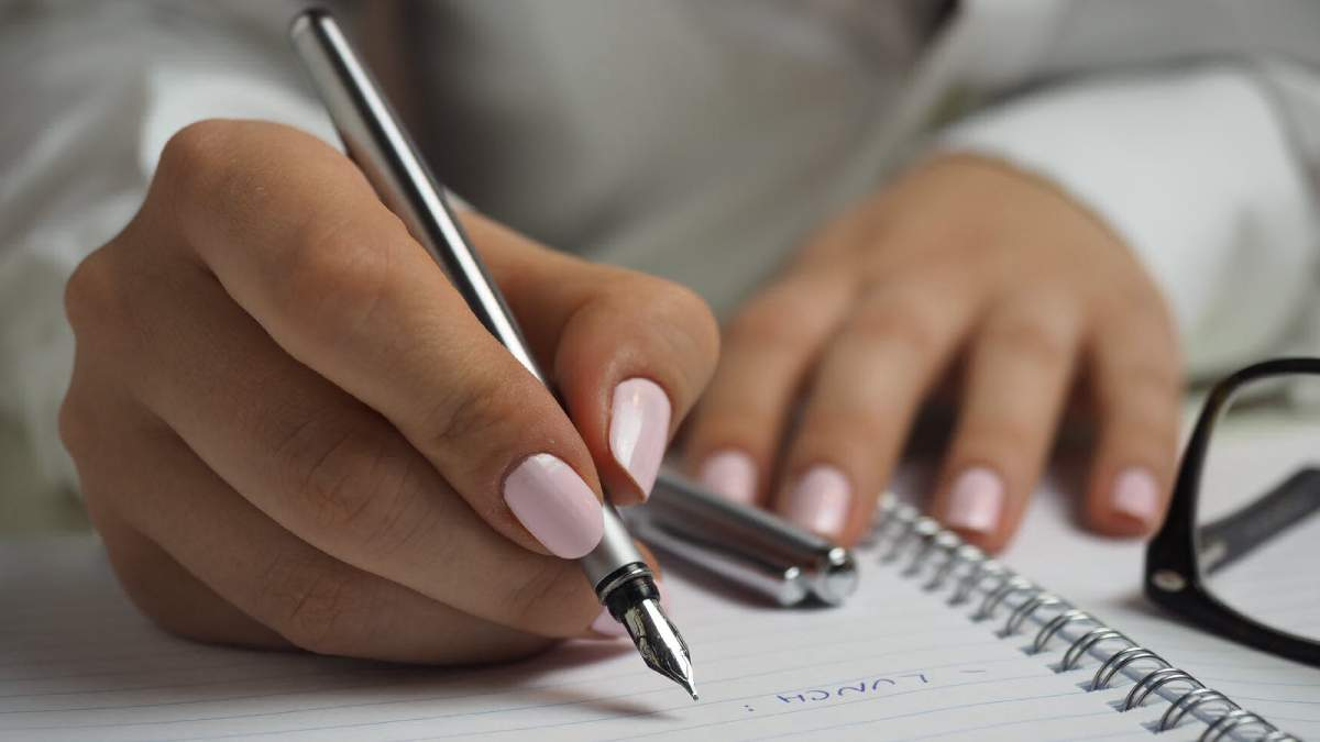 Як швидко відростити нігті в домашніх умовах: рецепт, фото, поради