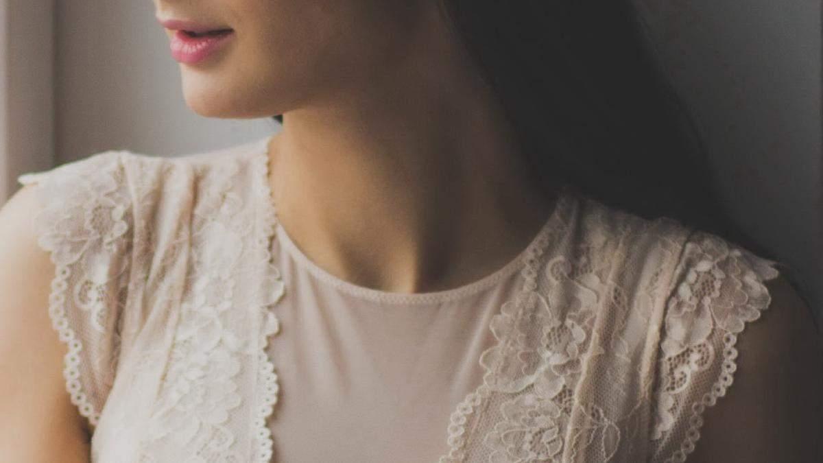 Як зберегти молодість шкіри на шиї: фото