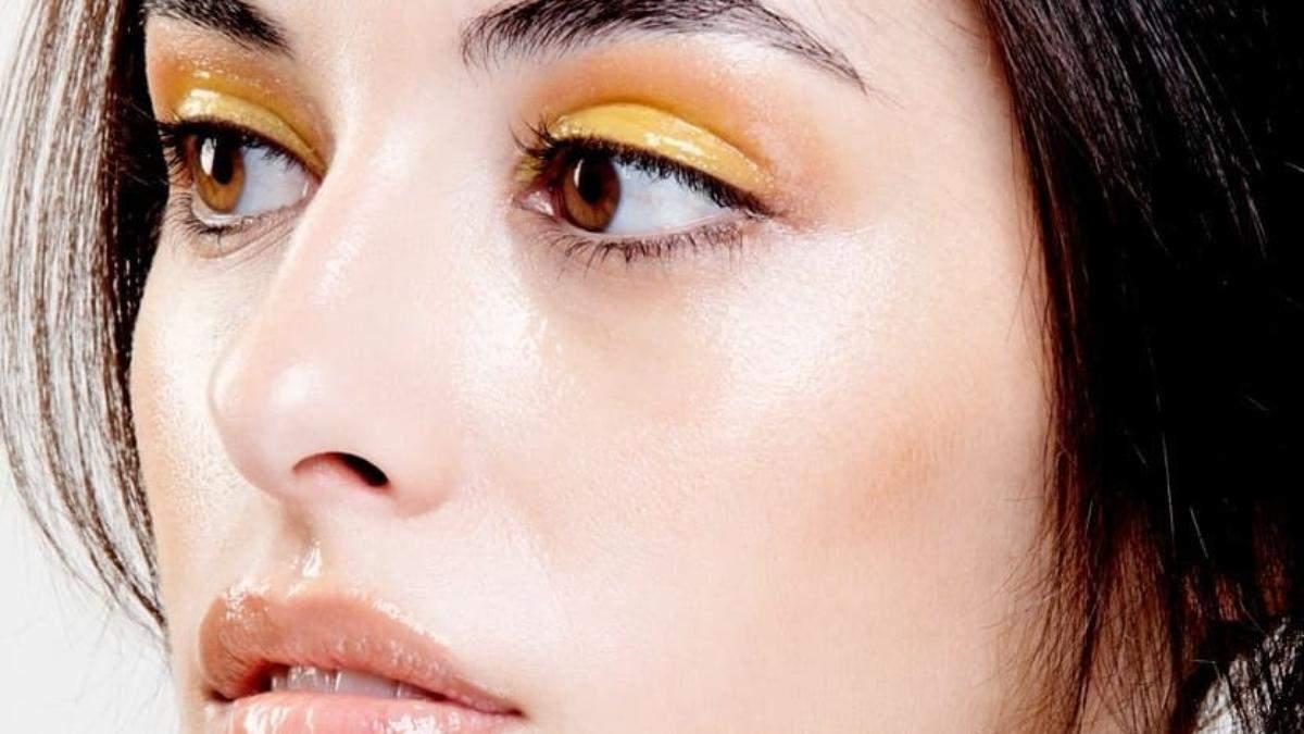 Літній макіяж – звабливий тренд літа 2020: макіяж Glossy Eye