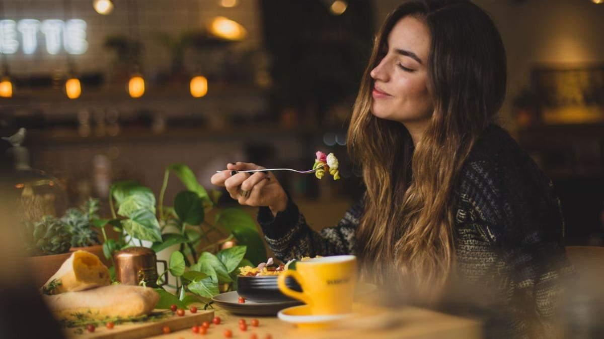 Які продукти шкодять шкірі: що виключити зі свого раціону