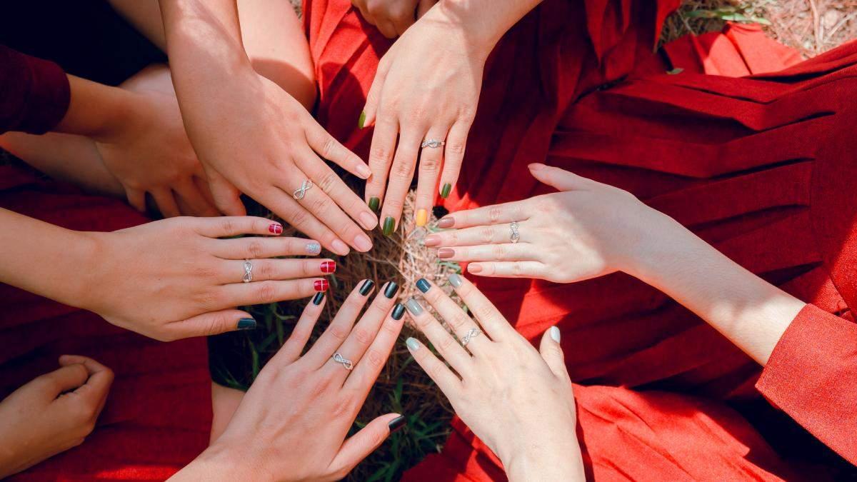 Как ухаживать за ногтями летом: советы и фото