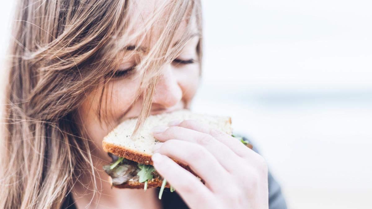 Как похудеть без диеты и спорта: правила интуитивного питания