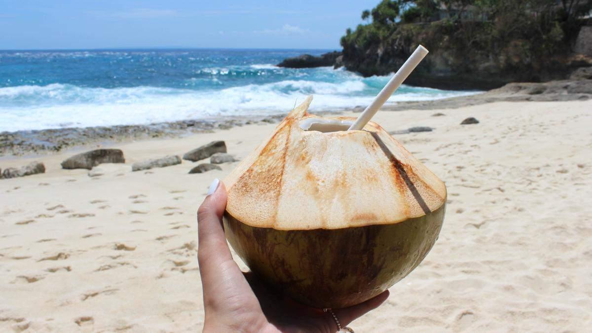Какая польза кокосовой воды для кожи: увлажнение кокосовой водой