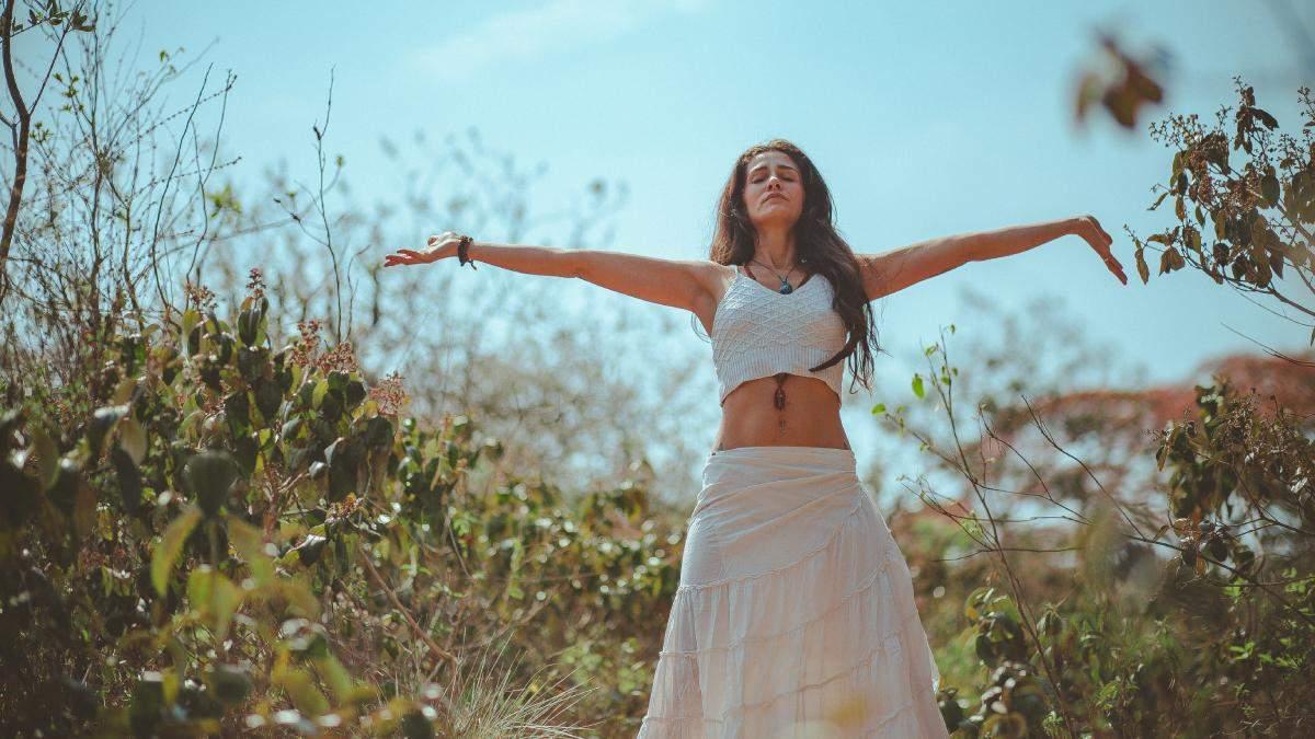Як боротися з набряками обличчя та тіла: літня проблема