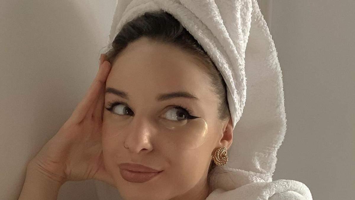 Как ухаживать за кожей лица осенью и что изменить в бьюти-рутине