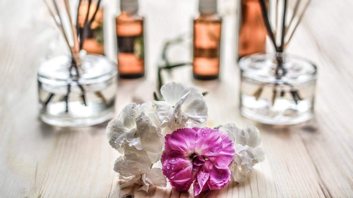 Метод проти старіння шкіри: властивості конопляної олії