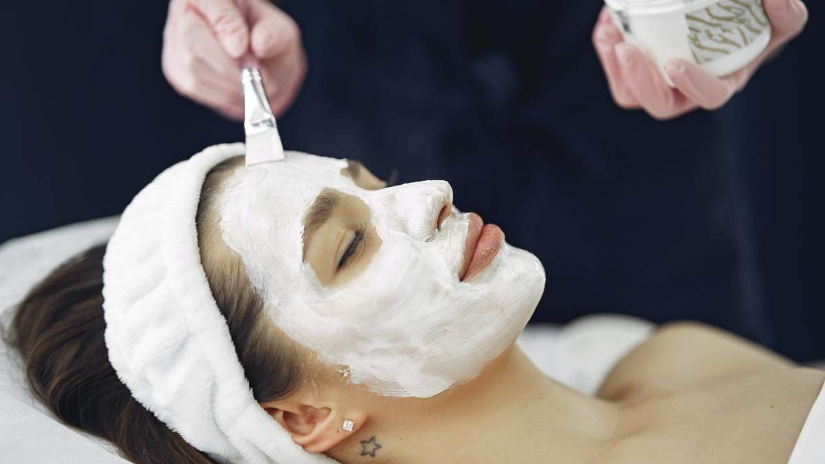 Глиняная маска: можно ли ей полностью высыхать на лице