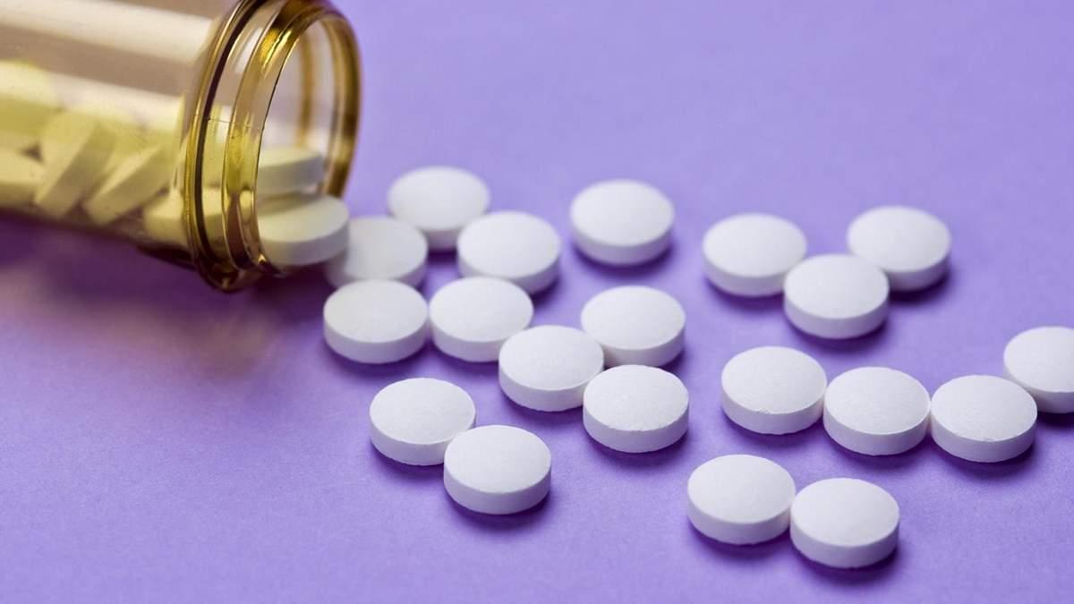 Чи можна використовувати аспірин у боротьбі проти вугрів: що кажуть експерти
