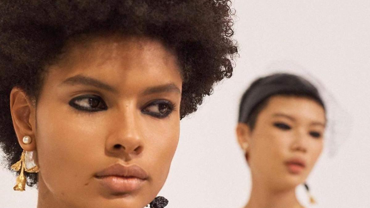Тенденція в макіяжі з нульових знову в моді: фото