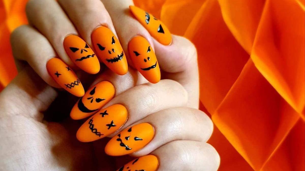 Маникюра на Хэллоуин 2020: рисунок с тыквой на короткие ногти