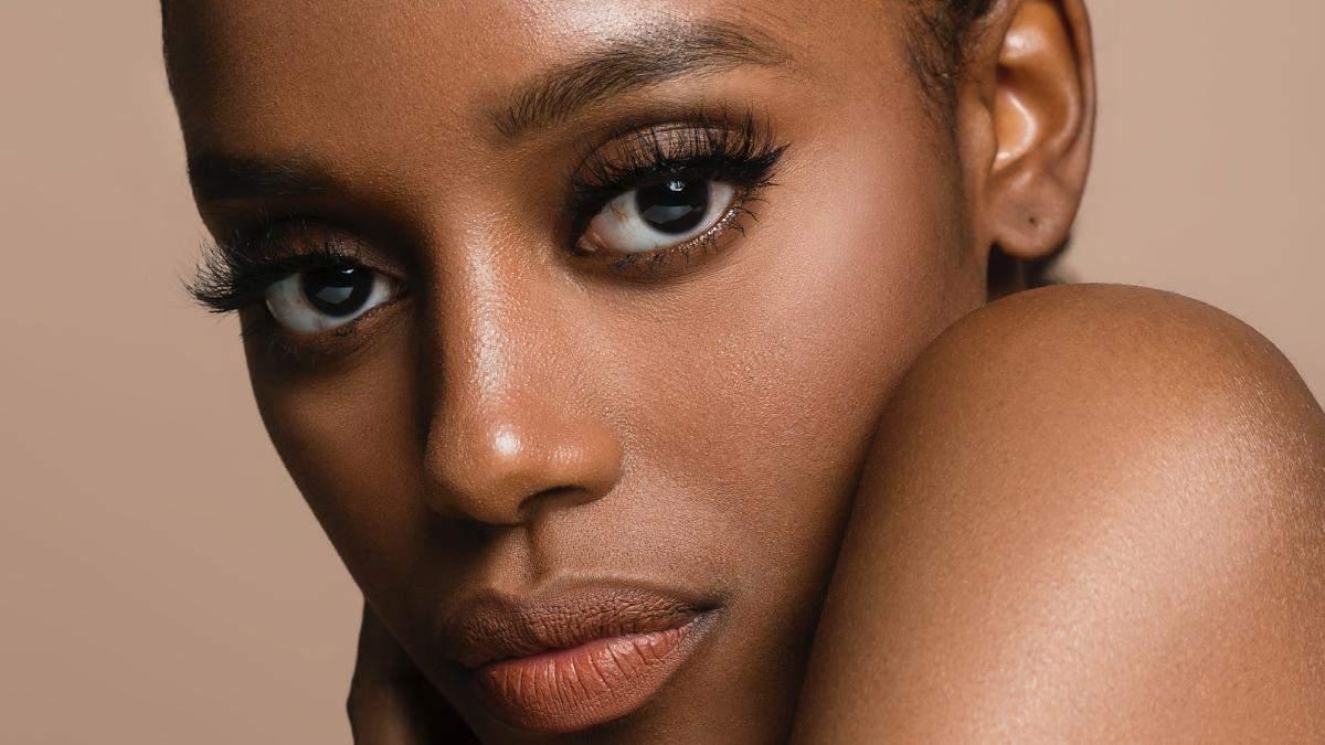 Неестетичний макіяж очей: 5 помилок при нанесенні туші та тіней