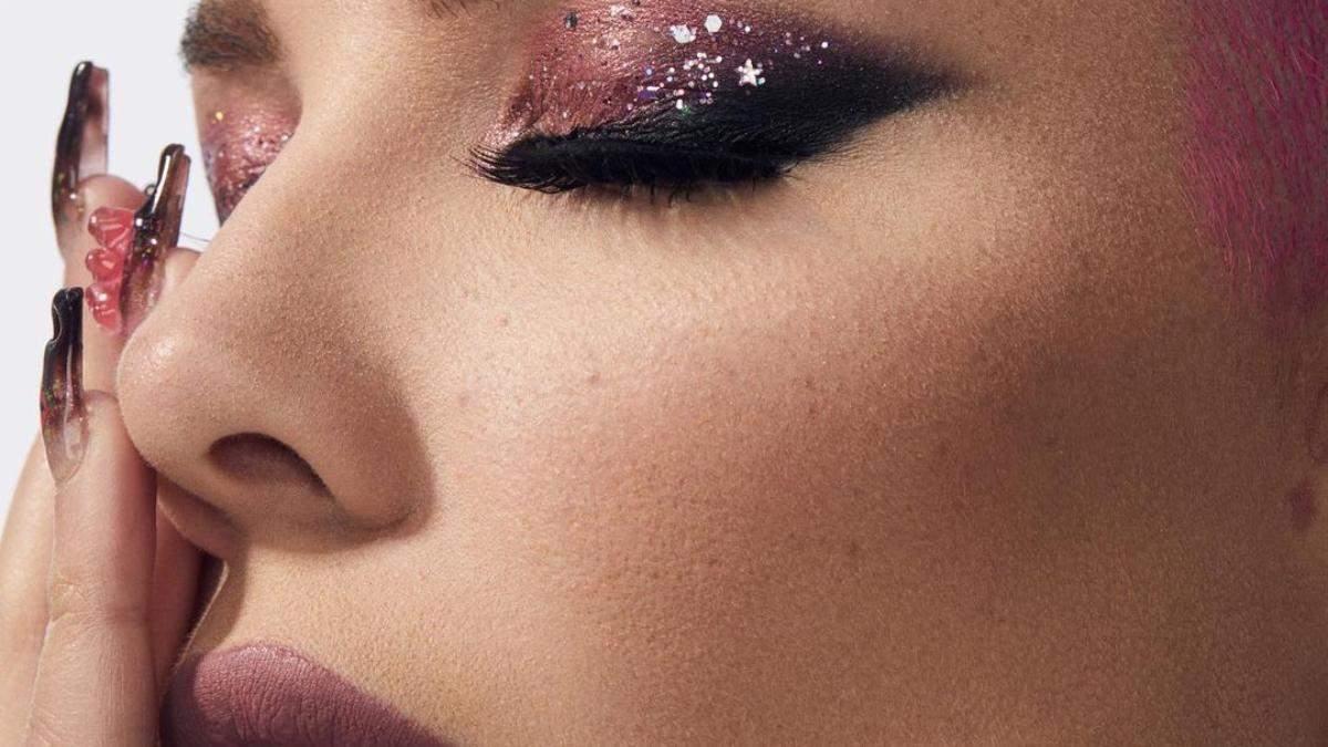 Співачка Halsey презентувала б'юті-бренд – відео