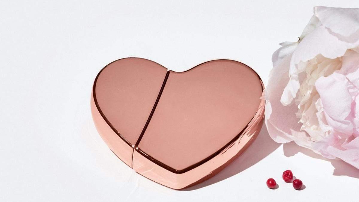Ким Кардашян пополнила парфюмерную линейку ароматами в форме сердец
