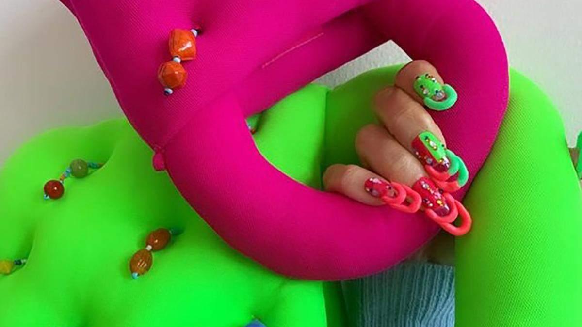 """""""Ногти-сумочки"""": как выглядит один из самых странных фэшн-маникюров"""