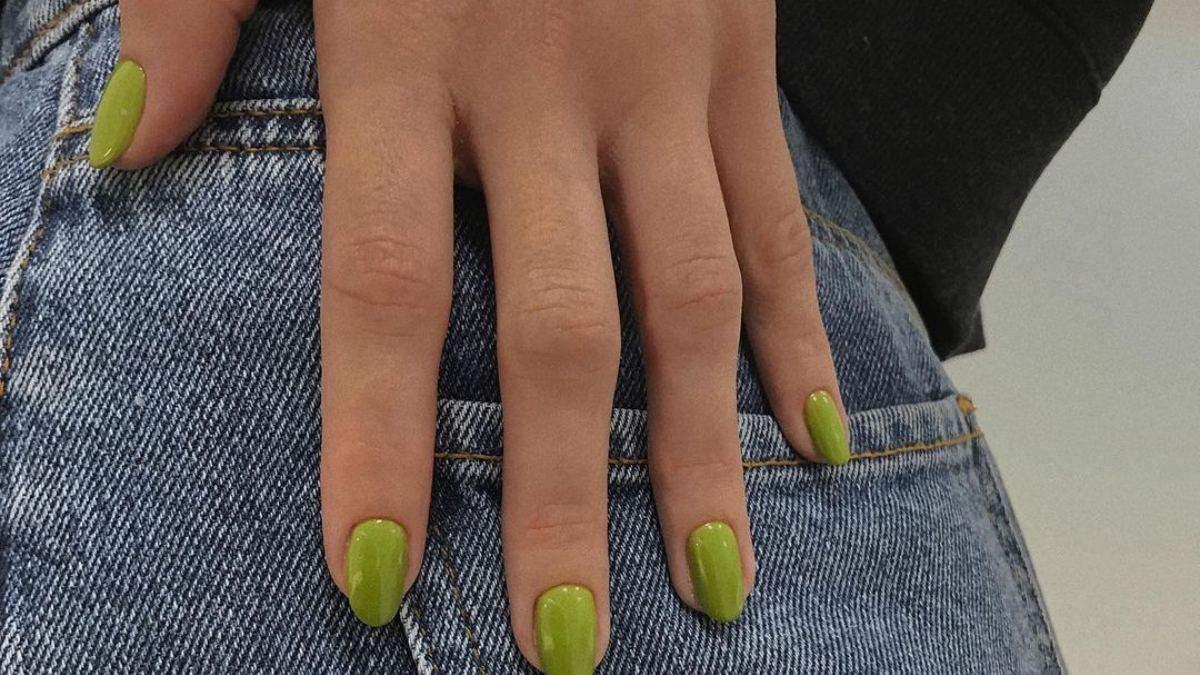 Миндалевидная форма ногтей: модные идеи для маникюра