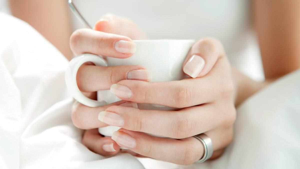 Знову здорові і красиві: як відбілити нігті в домашніх умовах