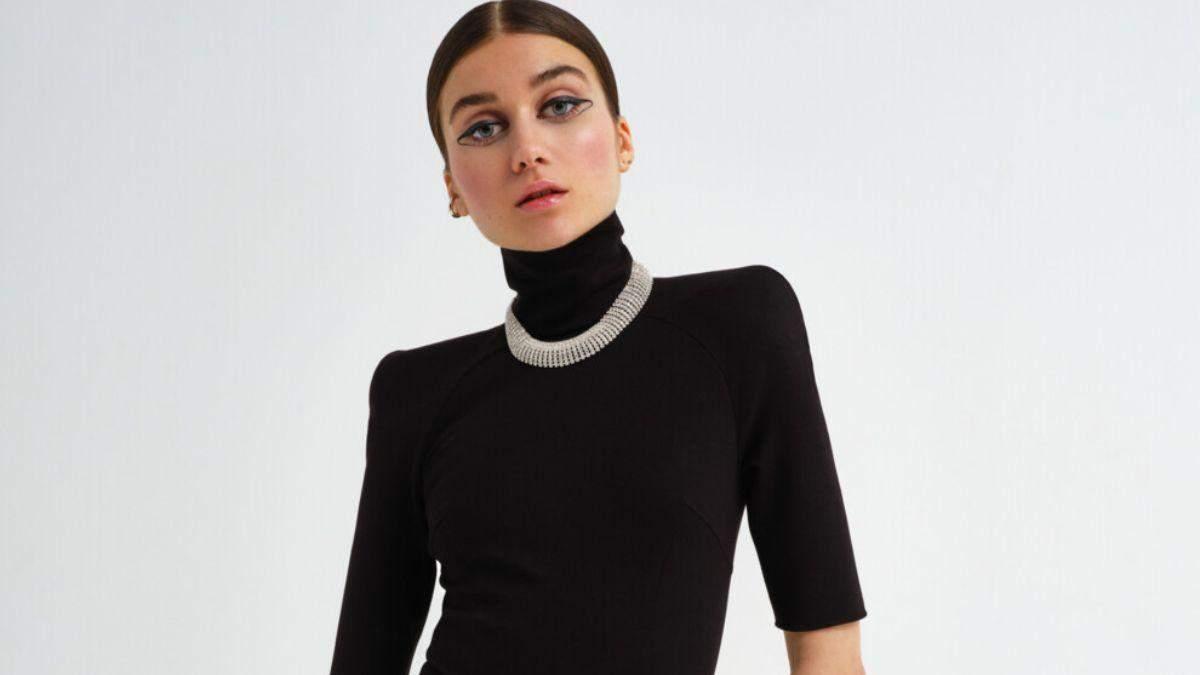 Jerry Heil снялась для Vogue без тонального средства на лице: эффектные кадры