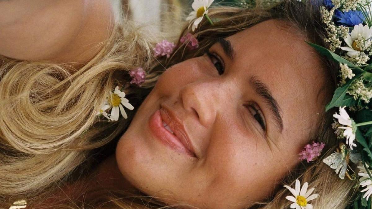 Жировики на обличчі: чому з'являються і як з ними боротися