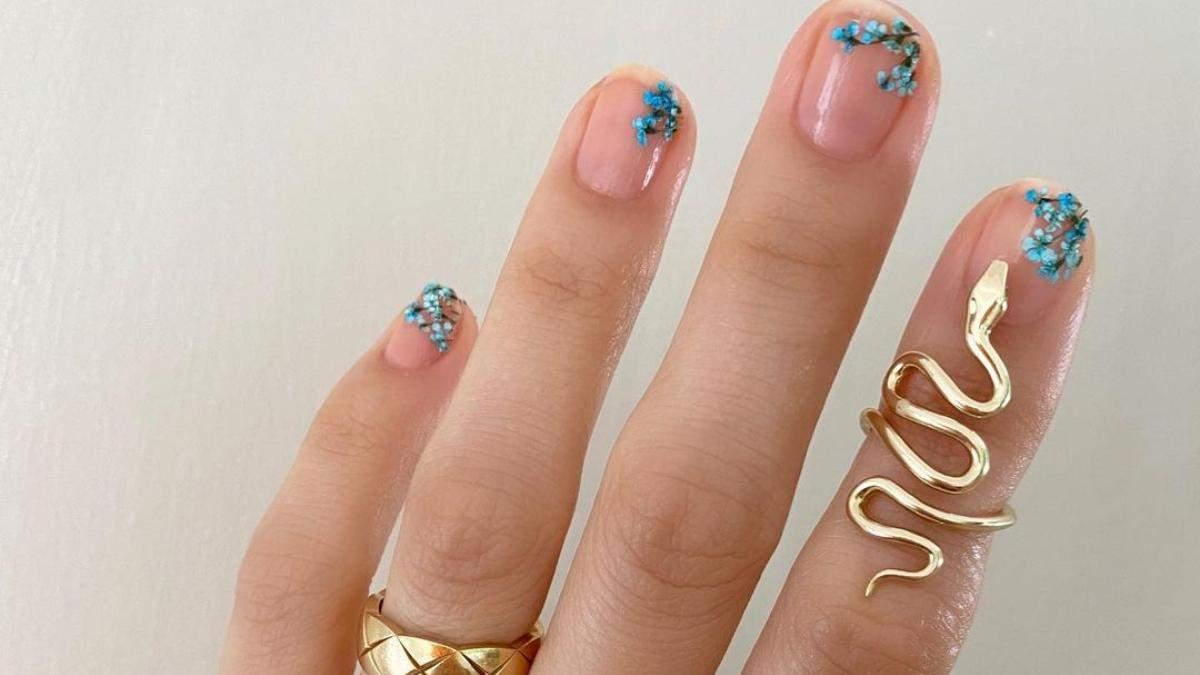 10 стильних варіантів манікюру в синіх тонах: фото
