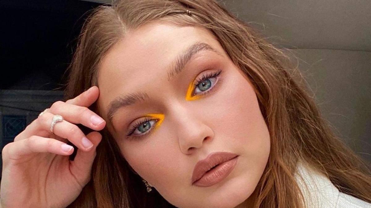 Тренды в макияже осени 2021: много блеска, золота и влажных губ – 7 главных акцентов