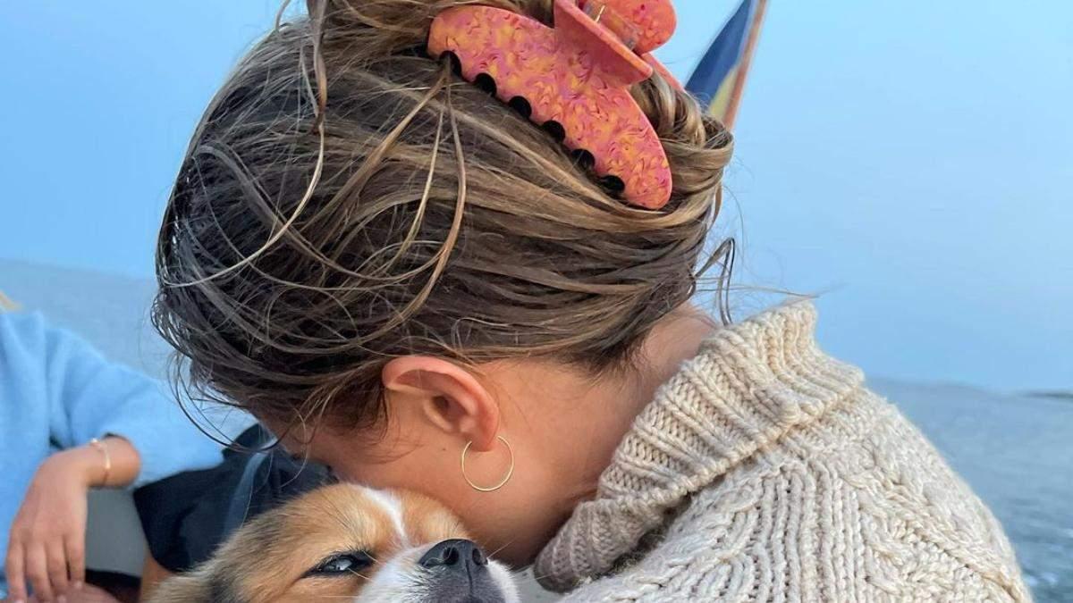 Сухе і ламке: як відновити волосся після відпустки – покрокова інструкція - Краса
