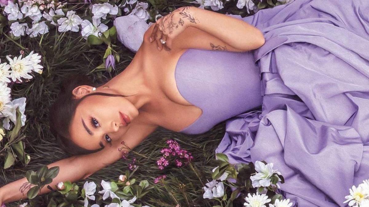 Занурюється у світ косметики: який б'юті-бренд запускає Аріана Гранде - Краса