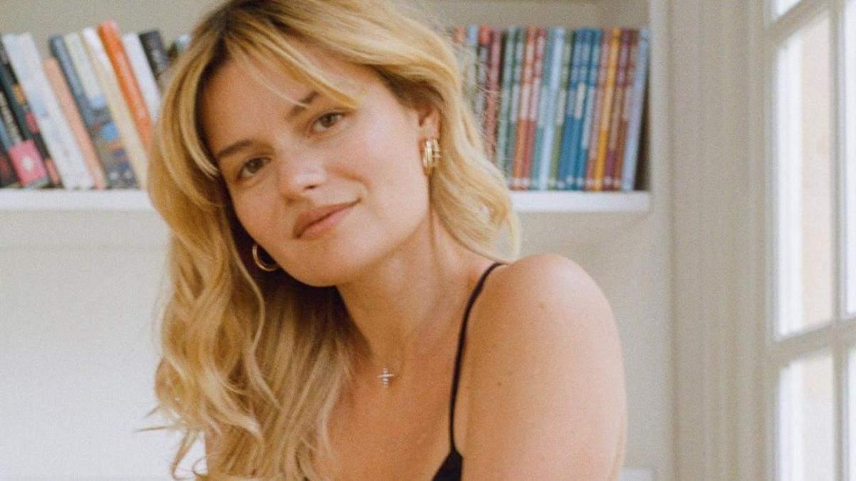 Красота по-французски: 5 правил макияжа, которых придерживаются утонченные женщины
