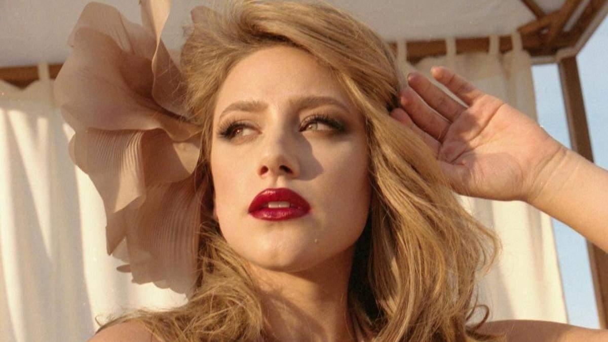 Самые красивые бьюти-образы Лили Рейнгарт, которые подчеркивают естественную сексуальность