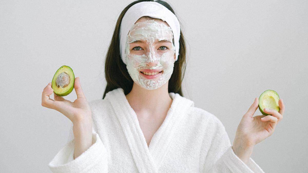 Проти чорних цяток і прищів: топ-10 простих і ефективних масок з авокадо - Краса