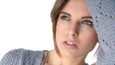 Чому ми кусаємо губи: яка шкода для краси від цієї звички