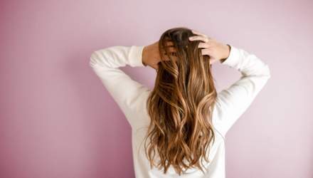 Касторовое масло для волос: безопасно ли его использовать