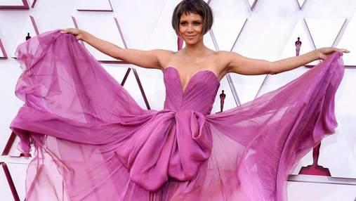 Оскар-2021: лучшие макияжи и прически звезд, которые поражают