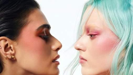 Valentino поразили первой коллекцией макияжа с известными моделями в рекламной кампании